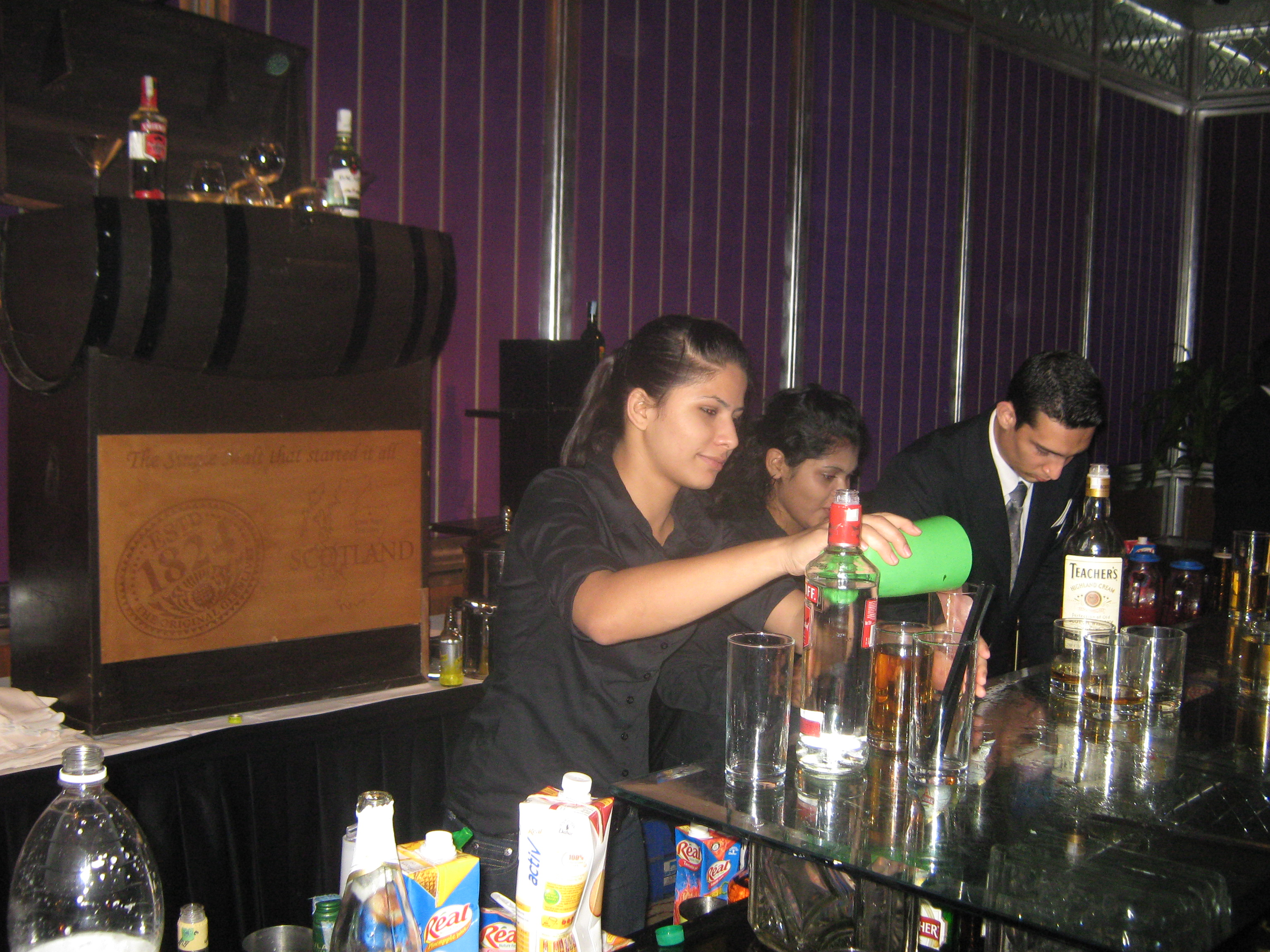 bar training cocktail training bar events hire bartender bartending bartender india delhi rajasthan delhi vineet mishra bartending india cocktailjockey cocktail jockey